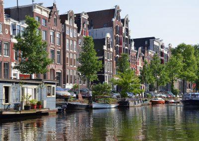 amsterdam-988040_1920